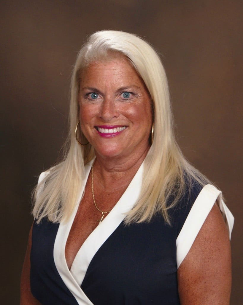 Watch / Listen to Ep 30 Senior Care Industry Netcast with Laurie Malone, Owner of Golden Heart Senior Care in Scottsdale AZ. She shares her wisdom and years of experience with our audience.